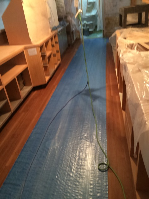 店舗改装床