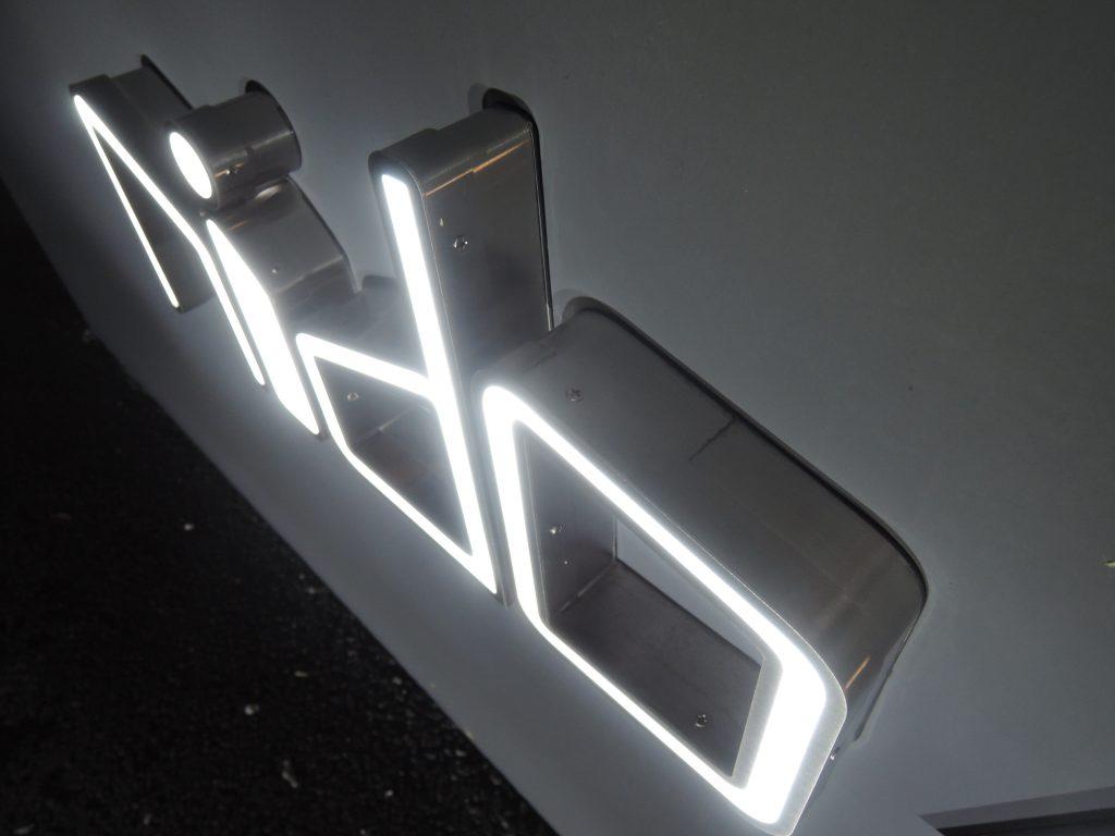 LEDステンレス箱文字